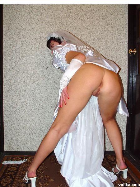 пьяные голые невесты на свадьбе правой груди