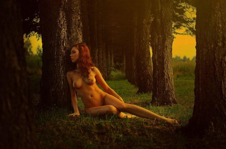 Фотосесии голых девушек